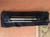 VELBON CAMERA TRIPOD MODEL CX 440 with case