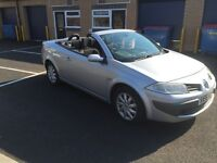 2006 Renault Megane convertible with panoromic roof 12 months mot/3 months warranty
