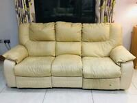 3 & 2 electric seater for sale with drinks table