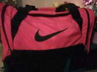 Nike holdall pink