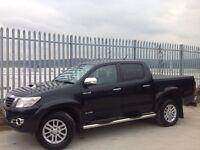 2013 TOYOTA HILUX D/C 3.0 D4-D INVINCIBLE AUTO 4X4 BLACK ++ LOW MILEAGE!!! ++ FSH!!! ++