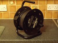 ELECTRICAL CABLE REEL 25 MTRS (82FT) 240 VOLT AND 13 AMP .