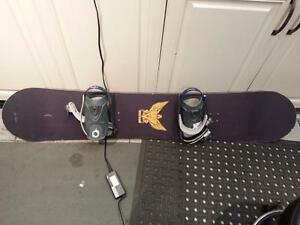 Sims Snowboard. We Sell used Sporting Equipment. (#37436)