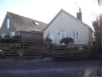 3bed Chalet Bungalow Martinstown Dorchester front & rear garden rural location pet considered