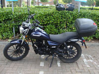 Motorcycle Lexmoto ZSB 125 for sale, well kept, often serviced, USB charger, heated handlebars