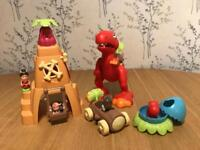 Happyland Caveman Set and Dinosaur