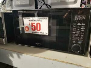 SAVE !!!!!! MICROWAVES SCRATCH AND DENT / BRAND NEW