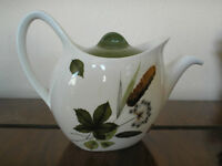 TEAPOT, '' Riverside'' by Midwinter, immaculate vintage 60's piece....