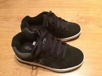 Heelys UK Size 2 split black/grey (new)