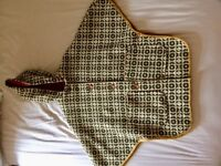 Vintage 1960s Welsh woolen tapestry woman's cape / coat