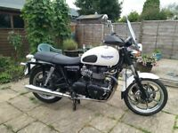 Triumph Bonniville SE, With extras, Good condition, 21038 miles