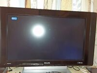 Philips flat screen tv, HD ready, 28 inch screen.. Excellent condition.