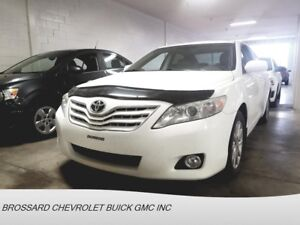 2011 TOYOTA CAMRY CUIR TOIT VOITURE FIABLE