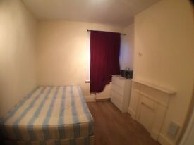 Lovely double room available ASAP close to Dollis Hill
