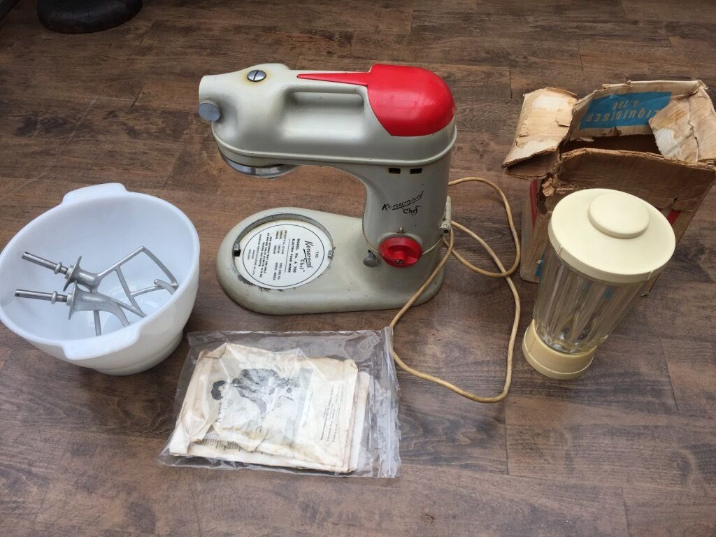 Classic Kenwood Chef A700 Electric Food Mixer With