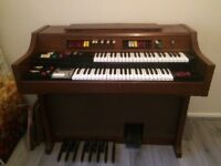 Vintage electric organ very good working order