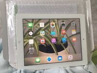 Ipad 2 16gb memory wi fi and in super condition