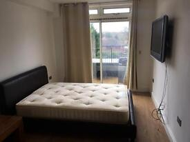 Clean Double Room With TV And Balcony Chigwell