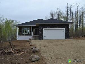 $499,000 - Acreage / Hobby Farm / Ranch in Lac Ste. Anne County