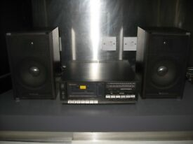 Technics compact tuner-amplifier-cassette deck SA-K2L & speakers, great sound, phono input