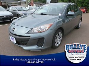 2013 Mazda MAZDA3 GX! Keyless! Trade-In! Save!