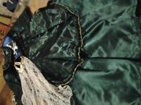 Horrible Histories Queen Victoria dress