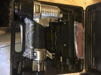 Pneumatic nailing/stapling gun