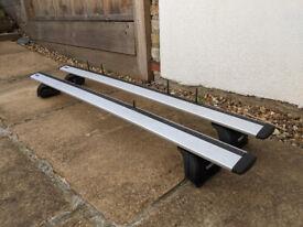 Thule Roof Bars / Roof Rack - WingBars 961, Foot Pack 753, Fitting Kit 184018