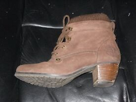 Ladies dark brown Red or Dead ankle boots - excellent condition - size 40