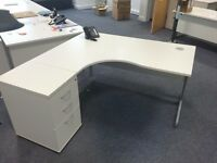 LAST 2 - WHITE CORNER DESKS - VG CONDITI ON - MATCHING PEDESTALS AVAILABLE