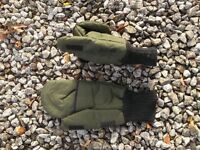 Fisherman's fold over mittens