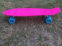 Penny board style skateboard