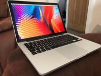 MacBook Pro Retina 13' 256GB 8GB RAM 2015 Open to Offers