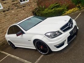 2011 Mercedes-Benz C Class 6.3 C63 AMG White Red Leather MCT 7 Speed 4dr Saloon MEGA SPEC*P/X*
