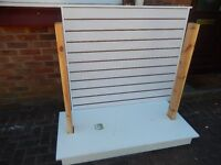 2 sided white slatboard gondola