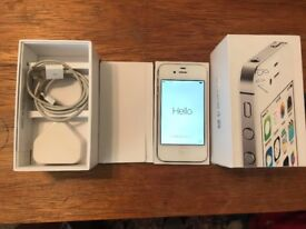 Apple iPhone 4s - 16GB - Locked to O2. Box and charger included.