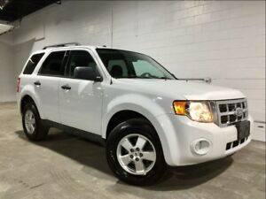 2009 Ford Escape 4X4! V6! ONE OWNER!