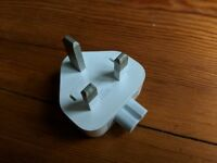 Apple plug for macbook air charger - only the adapter - no charger