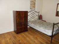 Large and spacious double bedroom to rent for a single person at B7 Nechells.