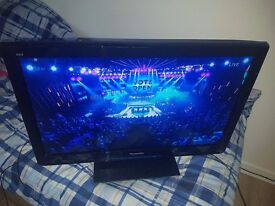 Panasonic TX-L32U3B 32 inch Widescreen Full HD 1080p LCD TV with Freeview HD
