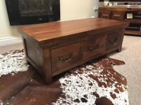 'PAD' solid wood coffee table with storage