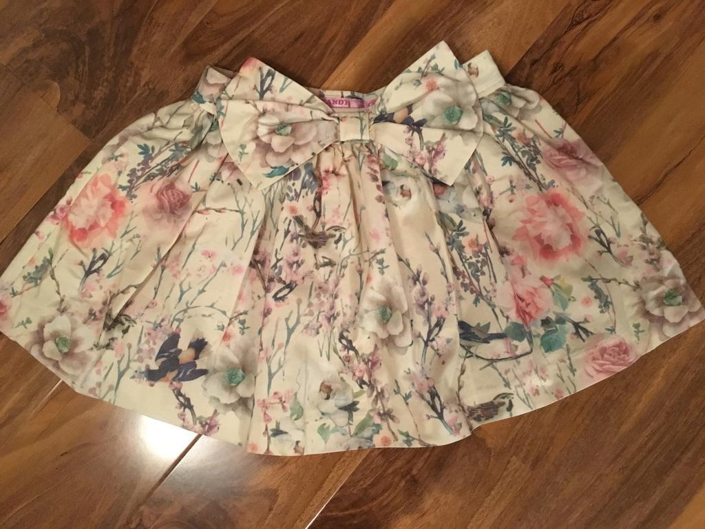 Beautiful flower print bow skirt - Coleen Rooney, age 9-10 years