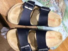 Ladies sandals navy blue for sale. you pay £11.87 cheaper