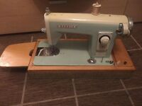 ANTIQUE VINTAGE HARRIS DELUXE ELECTRIC SEWING MACHINE