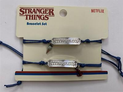 Loungefly Stranger Things Scoops Troop Cuerda Pulsera Set