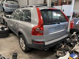 271 - Volvo SUV wrecking Welshpool Canning Area Preview