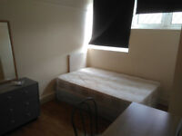 Double bedroom Zone 2 near Limehouse and stepney green