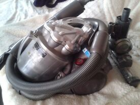 DC21 Dyson Motorhead Very Good Suction Tools Motorised Floor Brush