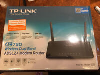 TP Link AC750 Router in Excellent condition and still under warranty