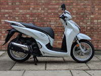 Honda SH 300cc (17 REG) in white, Immaculate Condition with ONLY 679!